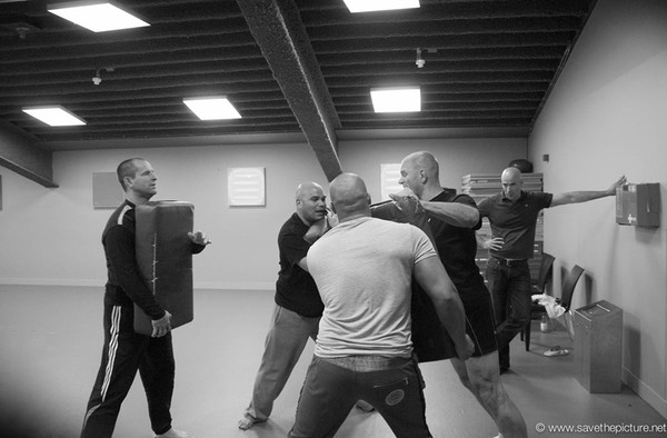 2themax self-defense security training Paradiso staff