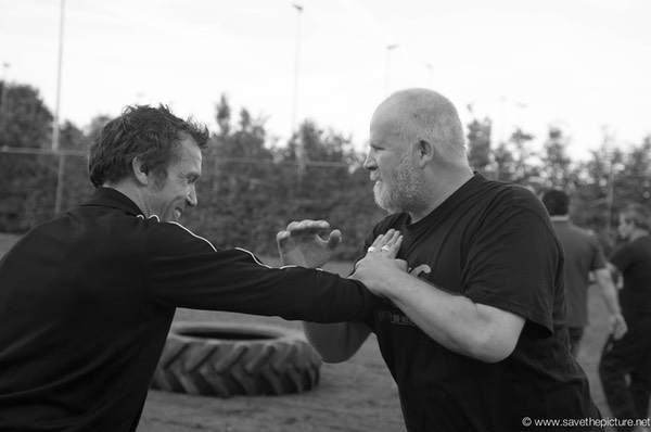 2themax self-defense, security training Paradiso staff, outdoor training