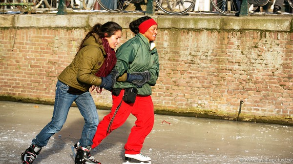 Amsterdam frozen canals, synchronized skating