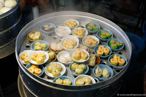 Fresh steamed Dim Sum delights at the Lamai  night market