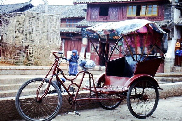Lijiang trycicle taxi